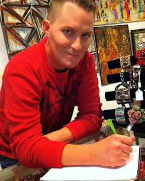 Gallery Owner Aims to Promote Local Artists