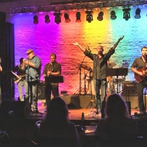 Ardenland presents Dialogue: Chicago Tribute Band