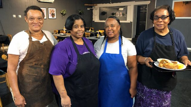 Gloria's Kitchen Opens on West Street